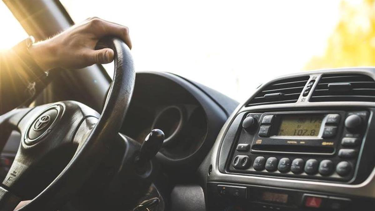 聽這首這首歌超危險 網:差點出車禍!