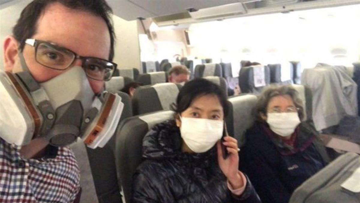新冠疫情:一年前撤離武漢 英國男子後悔:「真希望當初沒趕上撤僑包機」