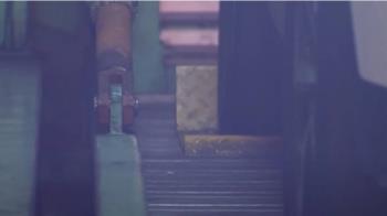 避免「車從天降」! 大樓機械停車位裝防滑車檔