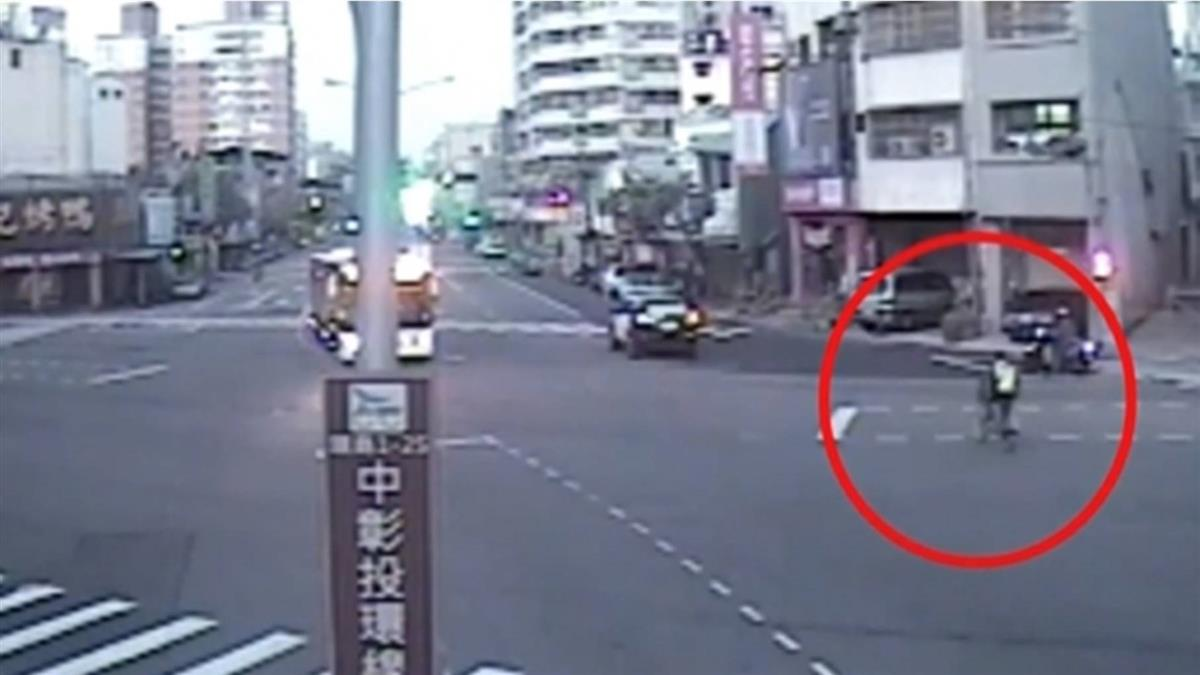 台中婦單車迷途 勇警霸氣喊:我騎咖打掐送妳回家