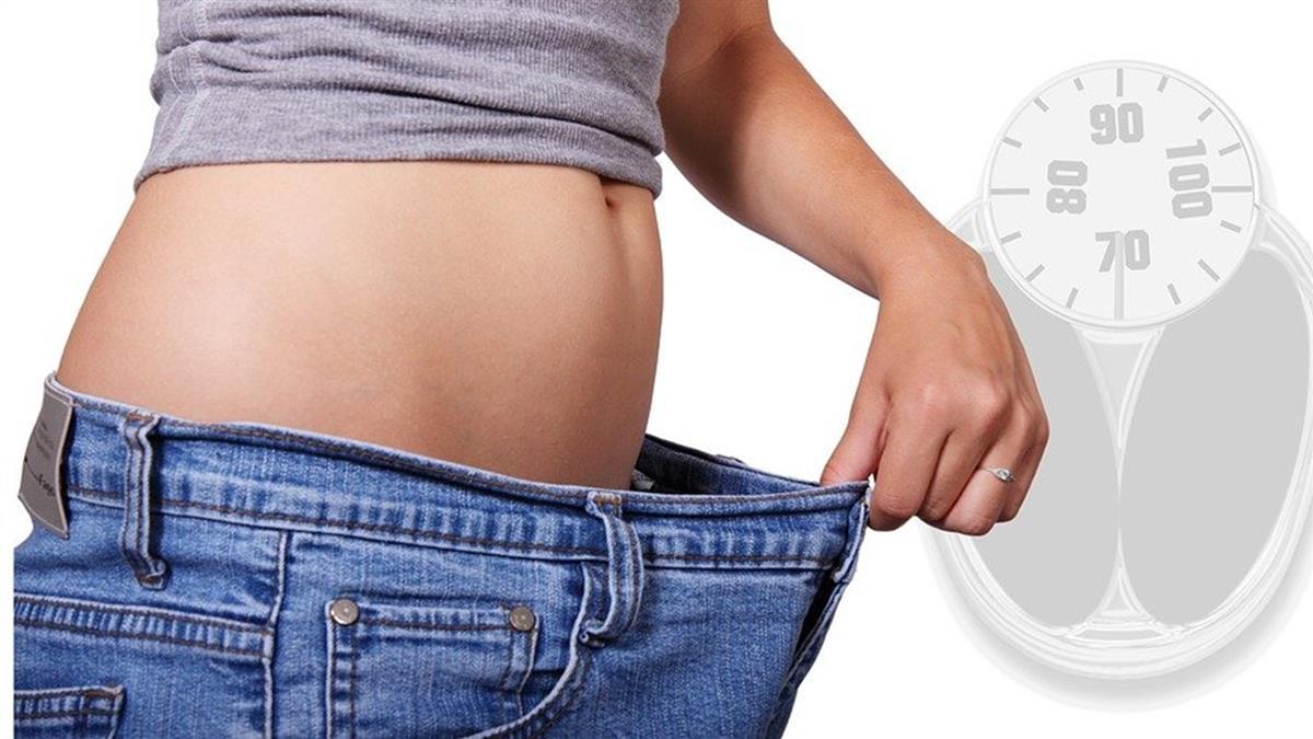 大吃大喝整腸減脂 中醫推纖美茶加5分鐘摩腹法