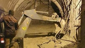 喜馬拉雅山冰河崩裂 隧道工受困4hr:水沖進來像好萊塢