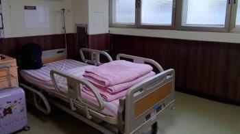 採檢16次都陽性 確診妹58天沒下床:出院3天無法走路
