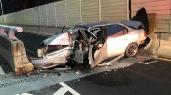 新竹轎車自撞閘道護欄 駕駛卡車內重傷慘死