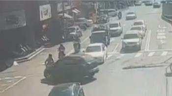 離奇!台南台江大道6死車禍 小貨車同地點又自撞