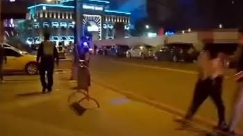 泥醉男折疊刀傷警 悍警鳴4槍、加重妨害公務嚴辦