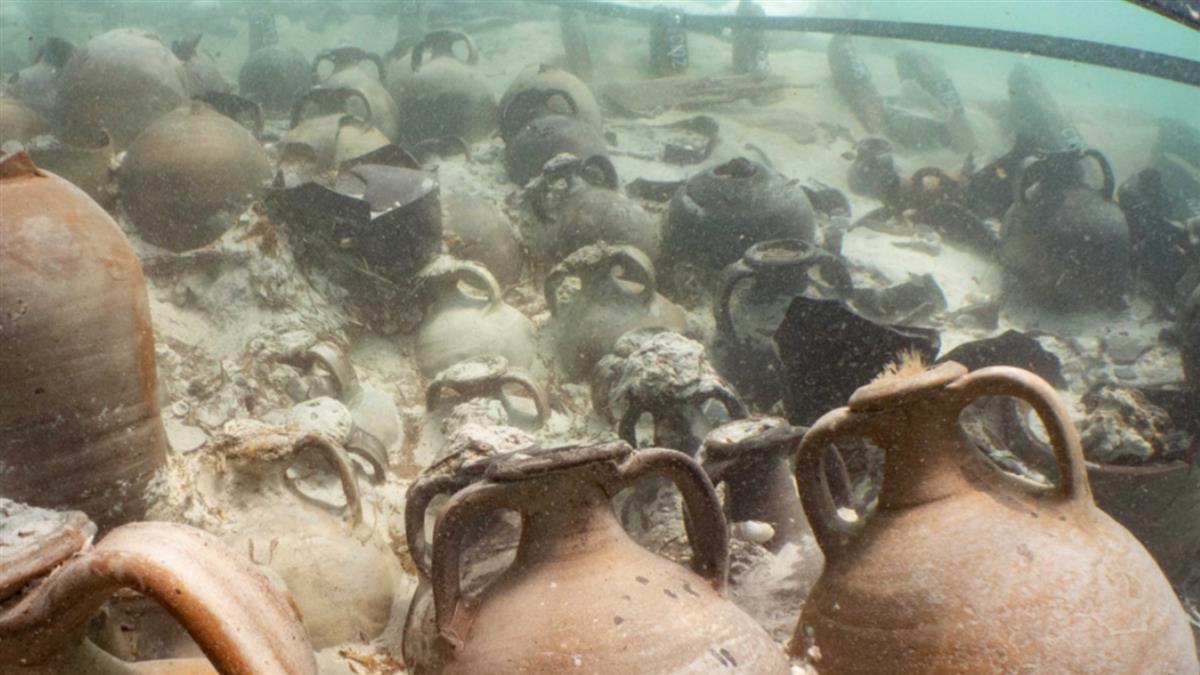 1800年前羅馬沉船出土!93個陶罐裝滿葡萄酒 還有橄欖油