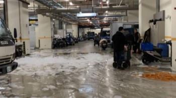 環南市場開工淹「泡泡」 堆積消防泡沫攤商驚