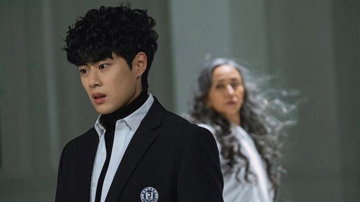 韓國男星趙炳圭遭爆霸凌 廁所大聊禁忌話題:跟姐姐做了