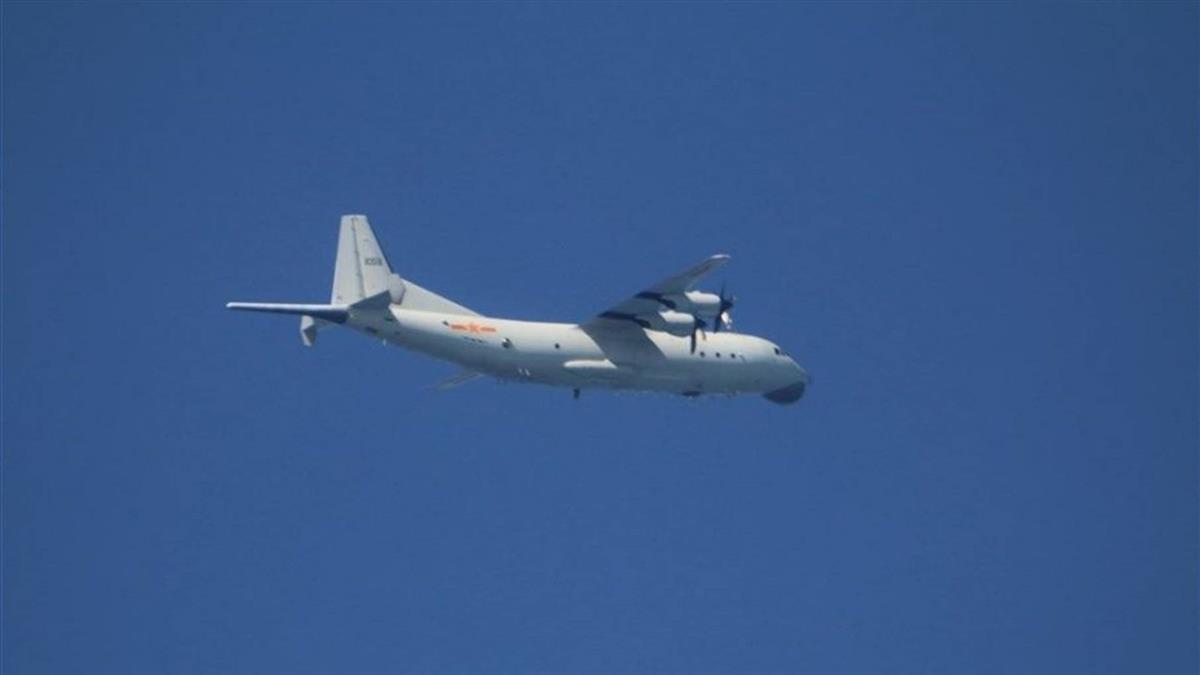 傳飛官不滿頻應對共機擾台 空軍司令部急回應