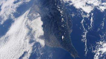 日籍太空人空拍台灣 巍峨山脈+雲海如仙境