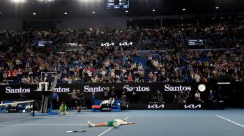 澳網公開賽現場球迷對新冠疫苗發出噓聲,副總理批評「令人作嘔」