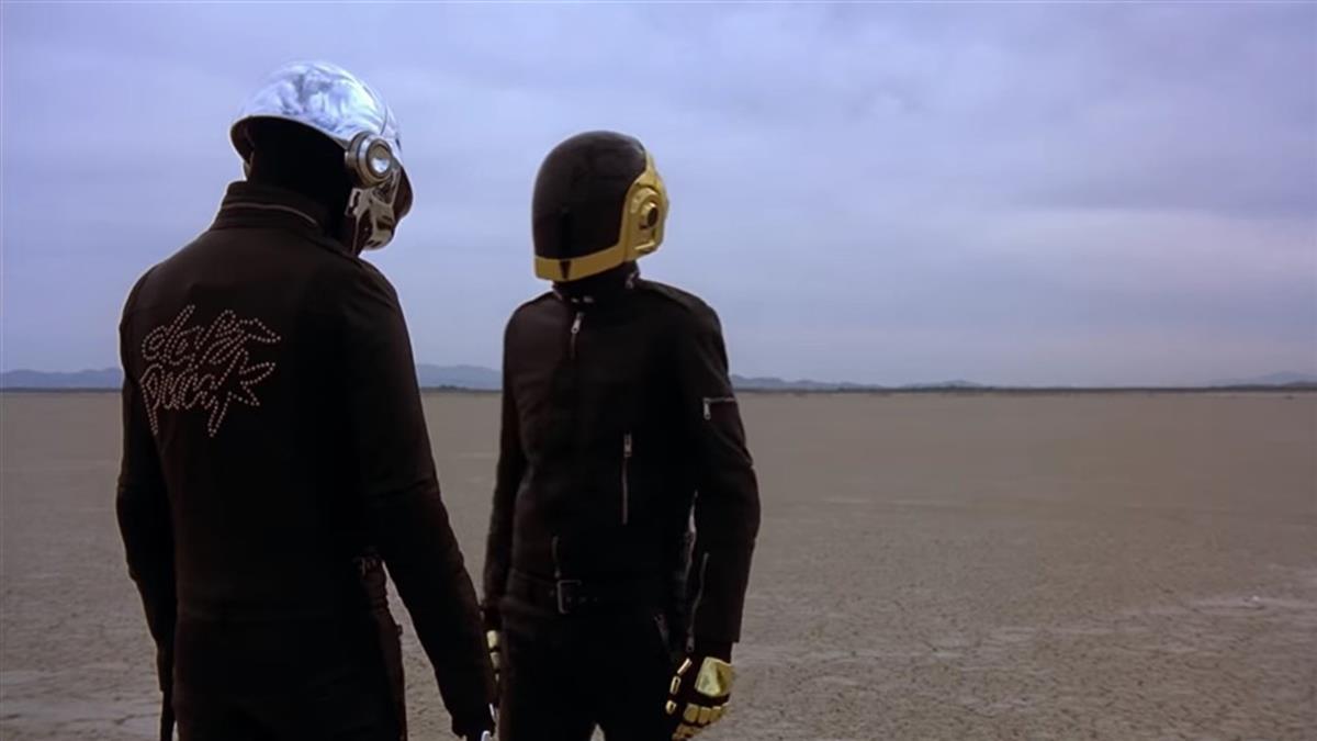 Daft Punk驚傳解散 菲董樂迷齊喊:永遠的傳奇