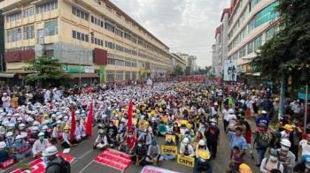 緬甸軍政實彈鎮壓!百萬民眾豁出去了 發起「22222」大罷工