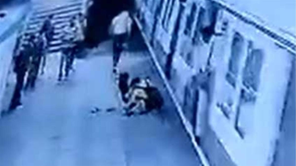 24歲男求愛遭拒!下秒抓頭撞火車 女大生臉爛狂噴血