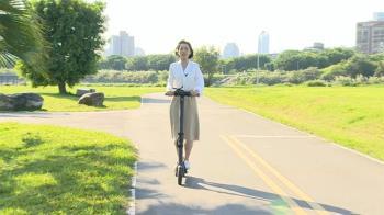 電動滑板車嘸路騎 騎人行道、自行車道、馬路都違規
