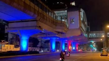 中捷站體打燈增光廊美學 民眾怨:根本擾亂交通