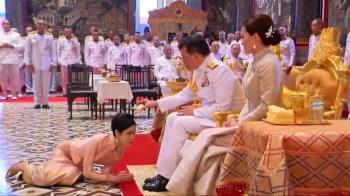 泰版《甄嬛傳》宮鬥!貴妃趴地跪拜 王室罕見曝光畫面