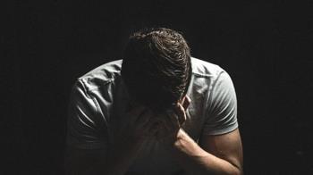 闆娘暈船「當我不要臉」戀熟客 夫頂綠光崩潰:10年比不過8個月