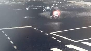直行雙載機車與左轉汽車碰撞 騎士、乘客皆送醫