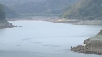 日月潭水位再降!落差11米高 水陸交界已離岸逾1公里