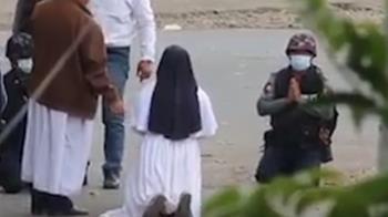 緬甸修女下跪求情!警朝她身後開槍 示威者爆頭慘死