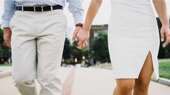 62歲教授求婚遭保母打槍 婚後做家事「沒薪水」嗆:划不來