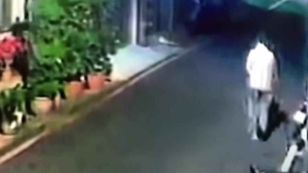 慣竊開車廂偷皮夾 婦偷盆栽 被害人:裝寵物骨灰