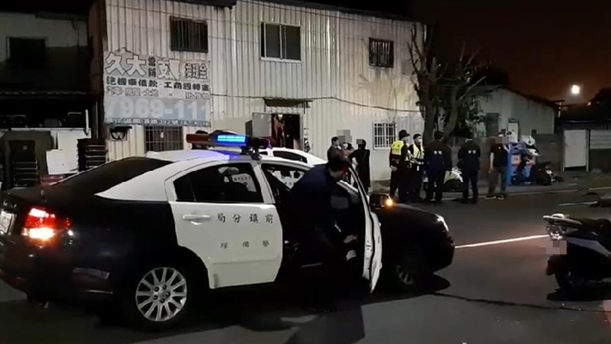 快訊/高雄男深夜持槍叫囂 住戶害怕報警