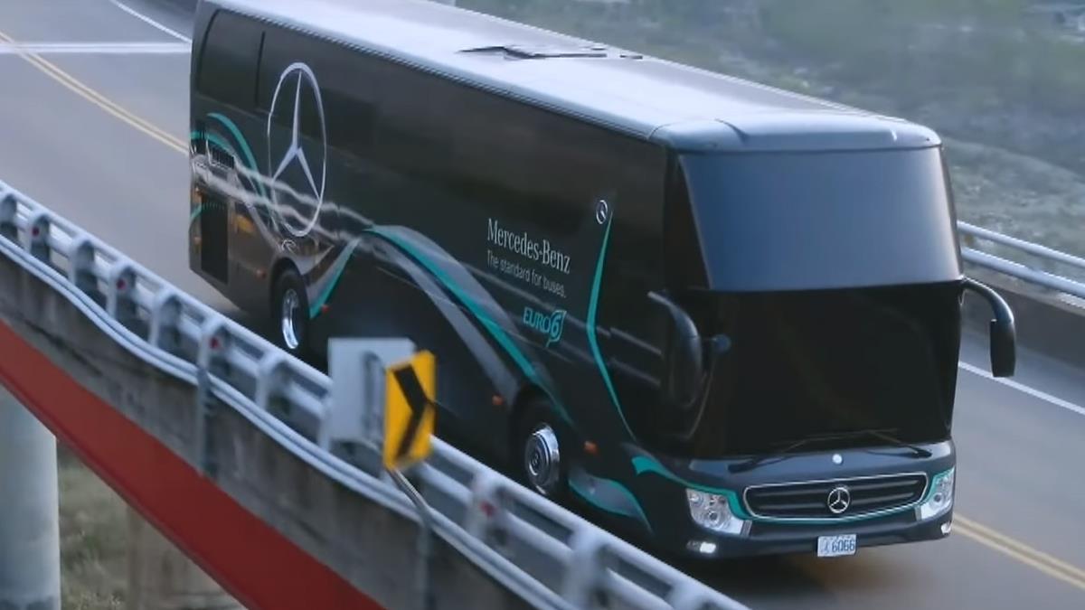 戴姆勒賓士OC500 六期大客車專為台灣設計