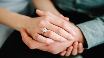 精算女狂列婚後開銷 「嫌男友才賺60K」沒勇氣嫁