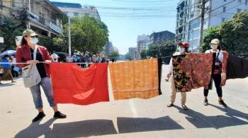 緬甸鎮壓!軍警見女性衣物就繞路 台網友號召「捐內衣變護身符」