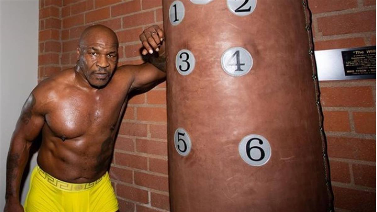 泰森獄中交往150kg女獄警 每天爽到身體快被榨乾