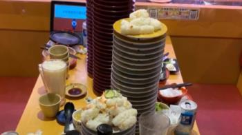 鮭魚熱潮引發浪費亂象 桌上堆滿「醋飯小山」