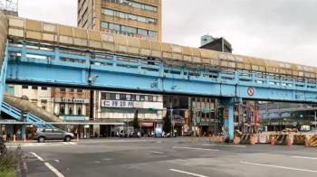 快來拍!「基一信陸橋」3月20日要拆除 民眾嘆:回憶啊
