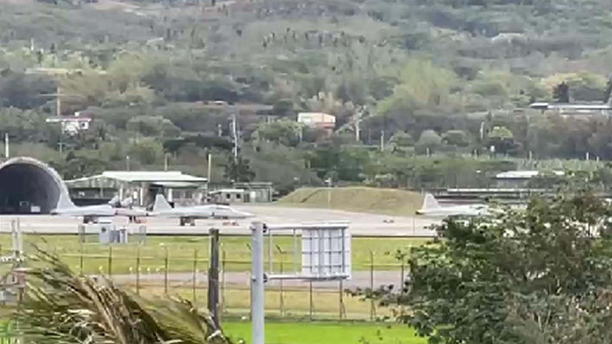 2飛官擦撞墜海前對話曝 台東志航F-5E戰機全面停飛