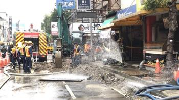 快訊/台中南屯商圈「瓦斯外洩」 警消火速灑水警戒