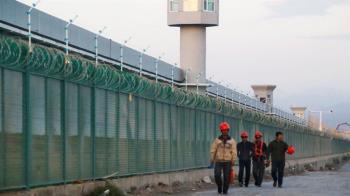 維吾爾人:歐盟因新疆問題三十年來首次制裁中國,北京進行反制