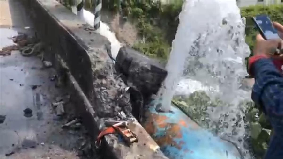 屏東貨車擦撞聯結車「水管破大洞」 3萬民眾慘停水