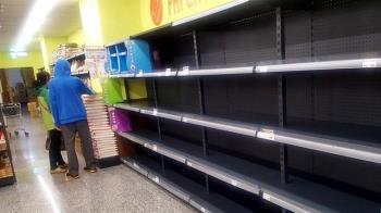 原料被卡關「衛生紙之亂」恐重演?經濟部長說話了