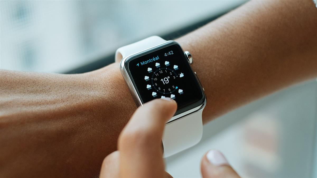 兒子向爸討「汪汪隊手錶」她拿Apple Watch神救援