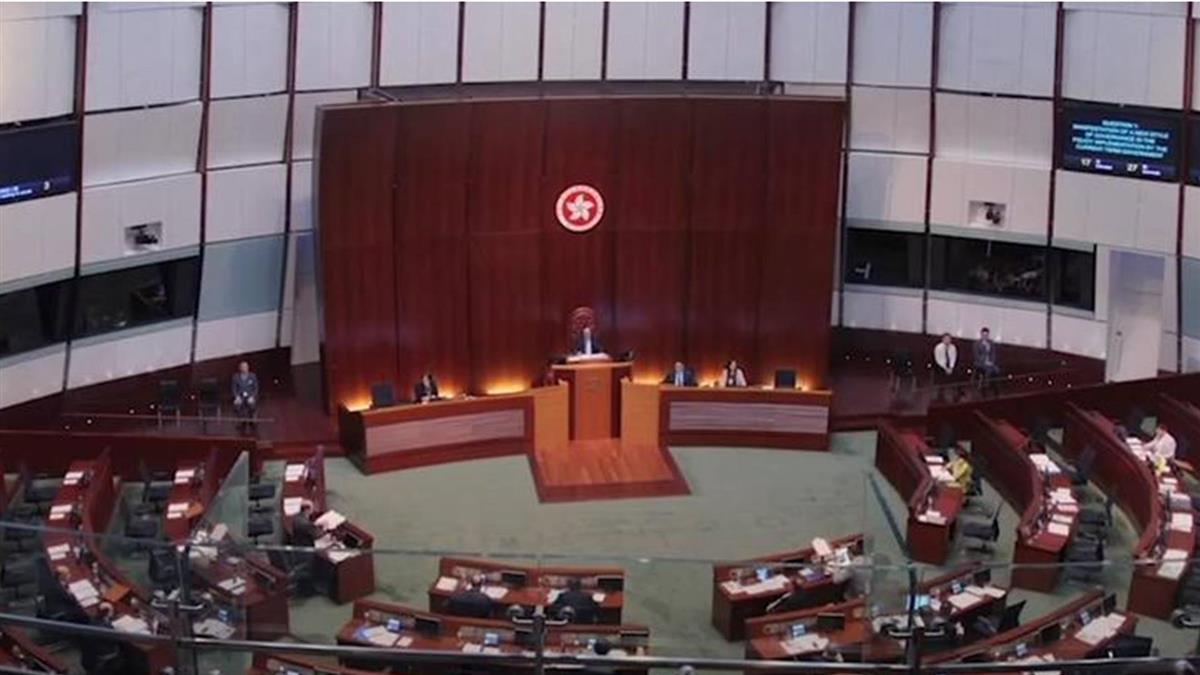 中國人大審議港選舉制度 傳採「432」方案削減直選席次