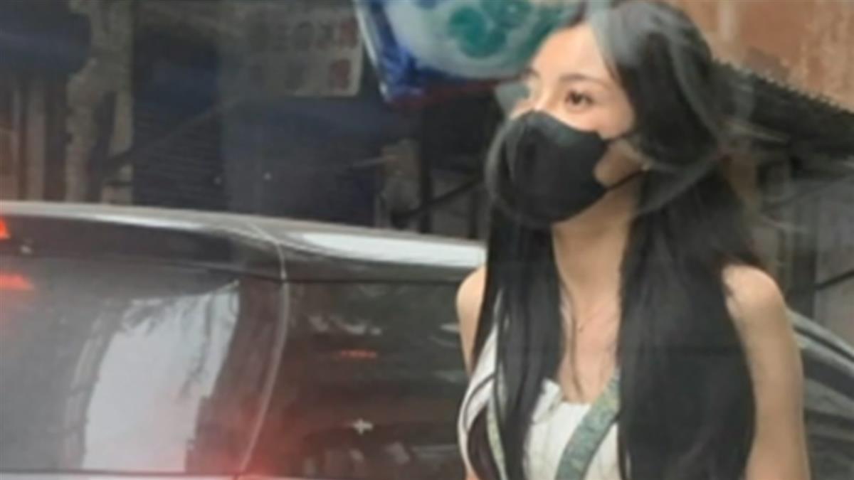 熱褲妹賣玉蘭花 網友暴動:揪團去建國北路走九遍