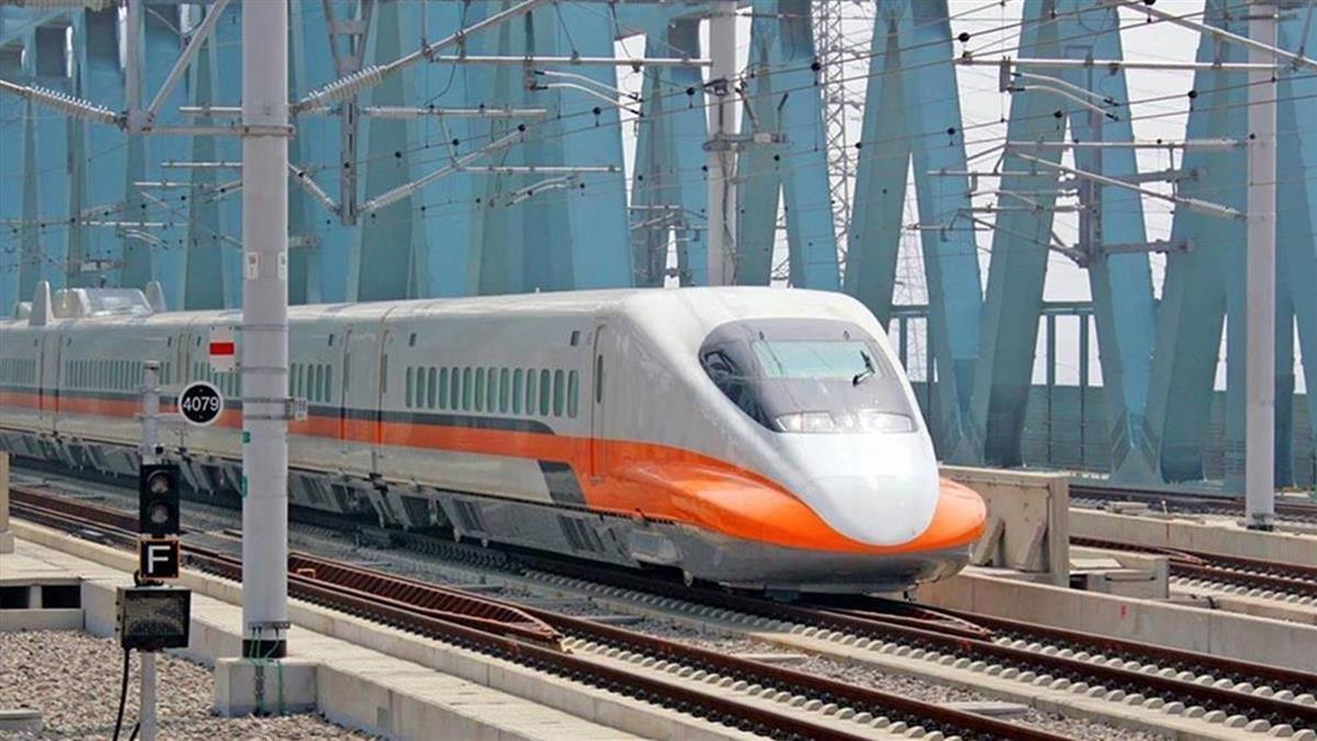高鐵加開2南下列車 各站停靠全車自由座
