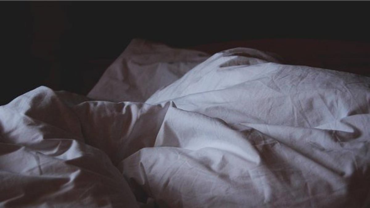 小護士被家暴「男警幫呼呼」 1周戰4次下場慘了