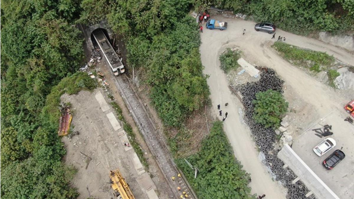 台鐵研議將異物易入侵路段 裝設監測預警系統