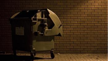 募捐箱一開「驚見女屍被吃掉」 清潔工嚇壞急報警