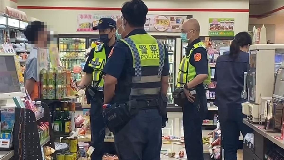 快訊/高雄醉男超商挑釁2路人!持刀攻擊反被打傷 警急逮3人