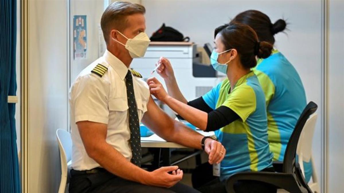 新冠疫苗:訂的是BioNTech打的是科興 香港英籍男子遭遇「打錯針」奇案