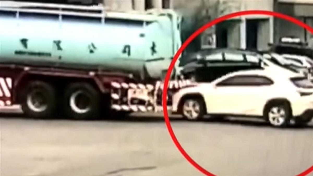 台中百貨搶水車 南投水車卻遭休旅車追撞